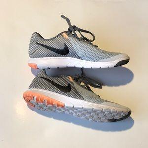 Women's Nike flex experience running sneakers 8.5
